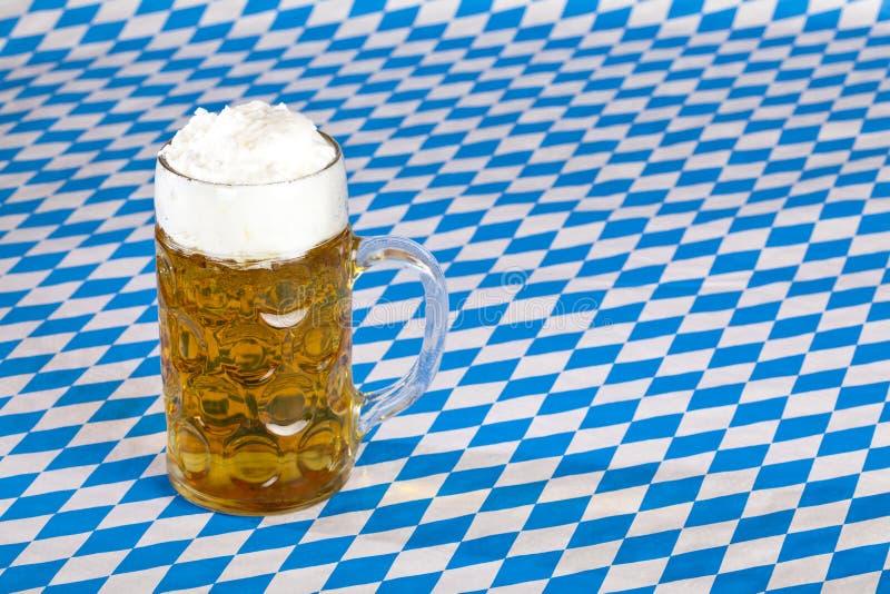 bavarian piwa flaga oktoberfest stein zdjęcia stock