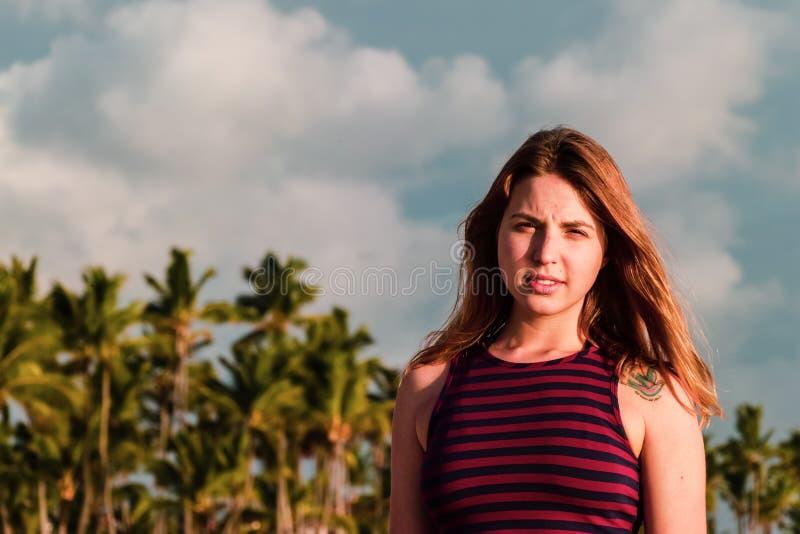 Bavaro海滩的女孩在蓬塔卡纳,多米尼加共和国 图库摄影