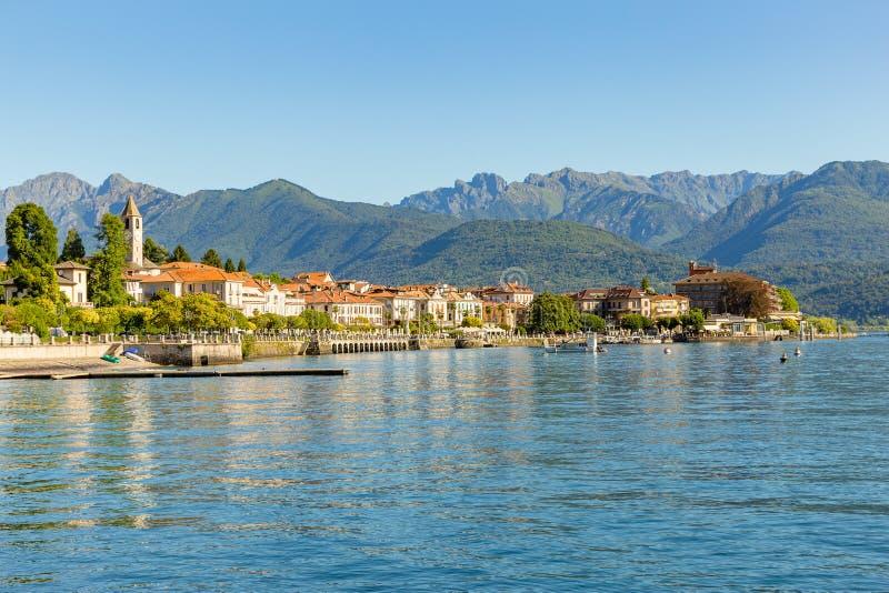Baveno dichtbij in Stresa, op Meer Maggiore, Italië stock foto's