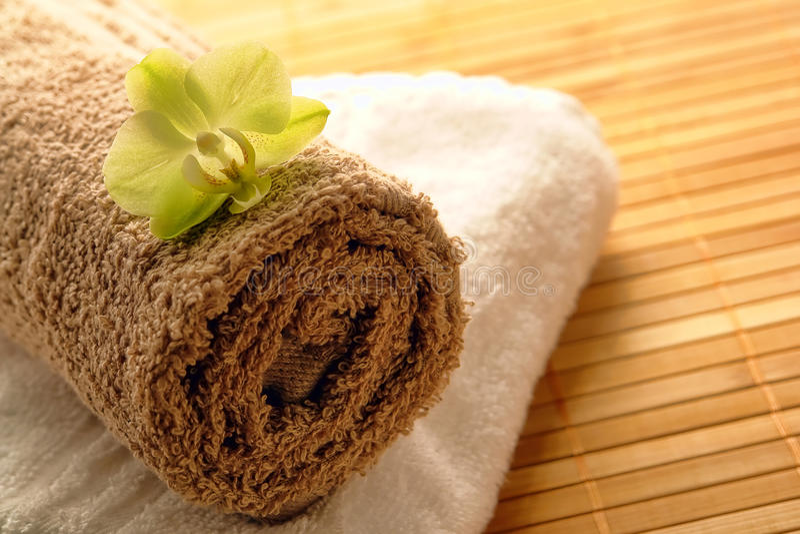 bawełnianej kwiatu zieleni storczykowi miękcy zdroju ręczniki zdjęcia stock