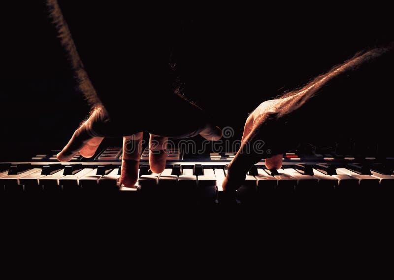 Bawić się Synth lub pianino zdjęcie royalty free