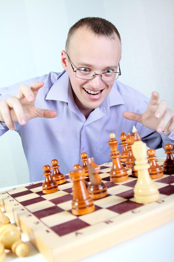Bawić się szachy zdjęcie royalty free