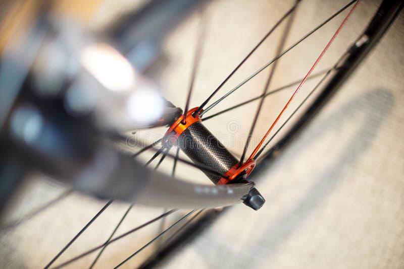 Bawi się rowerowy frontowego toczy wewnątrz ruch zdjęcie stock