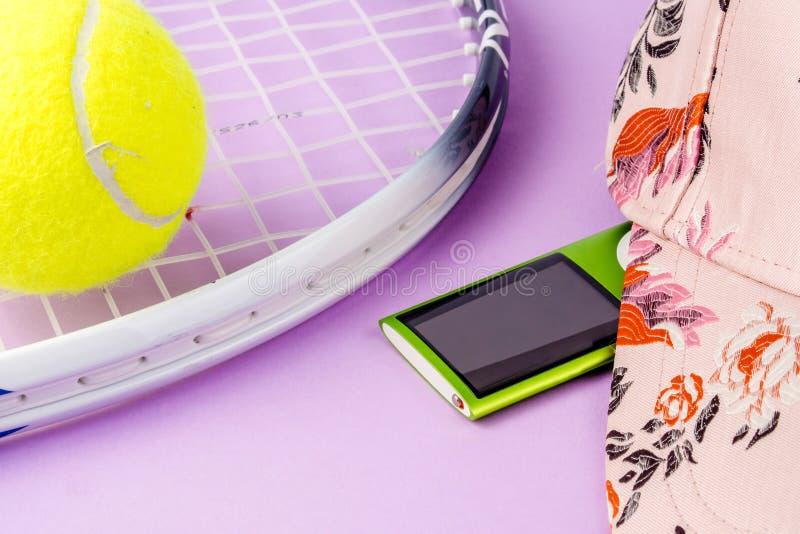 Bawi? si? tenisa, sport ?wiczy, czas wolny aktywno?? zdjęcie stock
