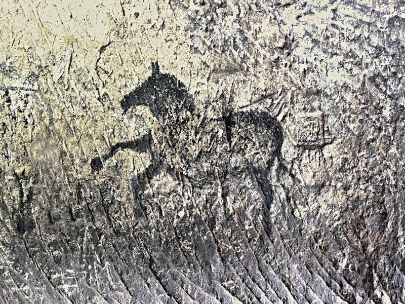 Bawoli polowanie Farba ludzki polowanie na piaskowiec ścianie, prehistoryczny obrazek zdjęcia royalty free