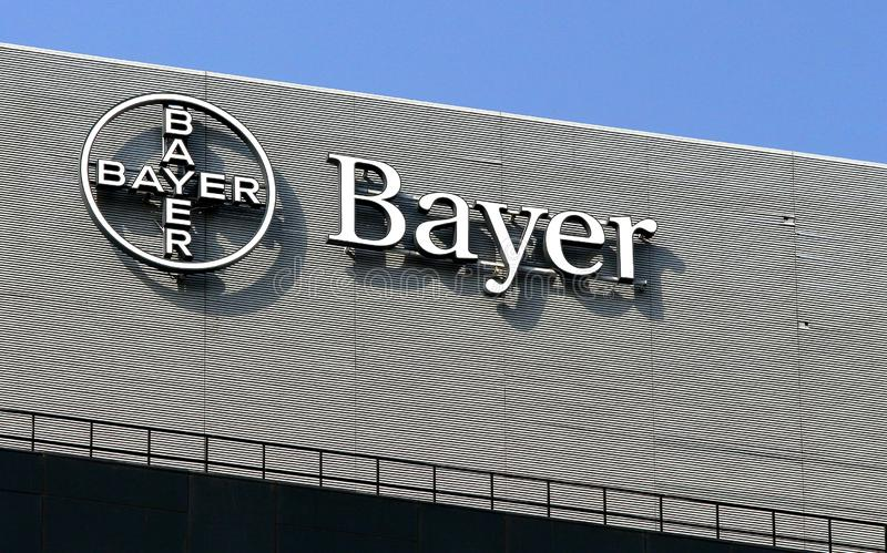 Bayer logo w Bucharest, Rumunia obrazy royalty free