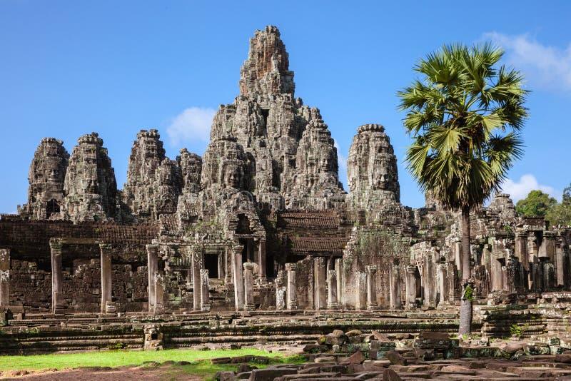 Bayon寺庙,吴哥历史公园,柬埔寨废墟  图库摄影
