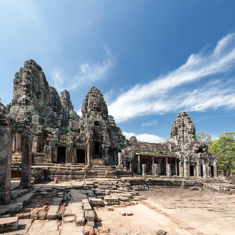 Bayon en khmertempel på Angkor Wat det historiska stället i Cambodja royaltyfri bild
