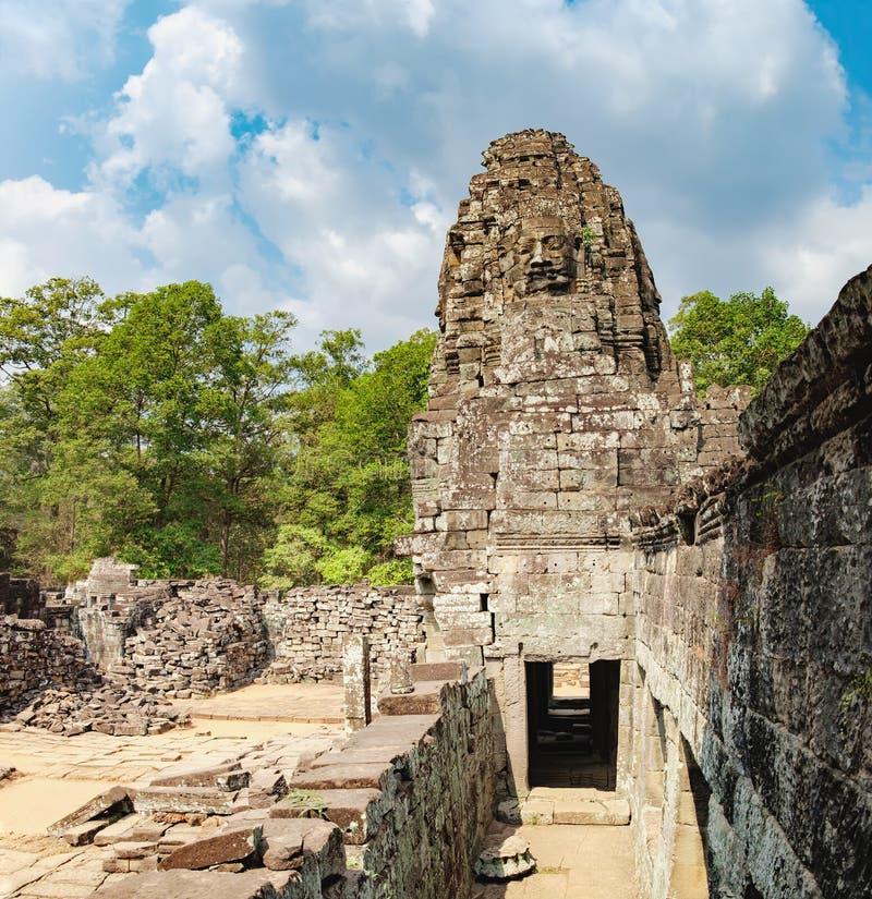 Bayon tempel i Angkor Thom Complex, Cambodja fotografering för bildbyråer