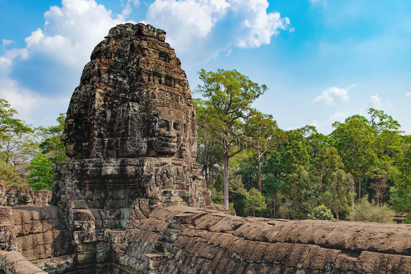 Bayon tempel i Angkor Thom Complex, Cambodja royaltyfria bilder