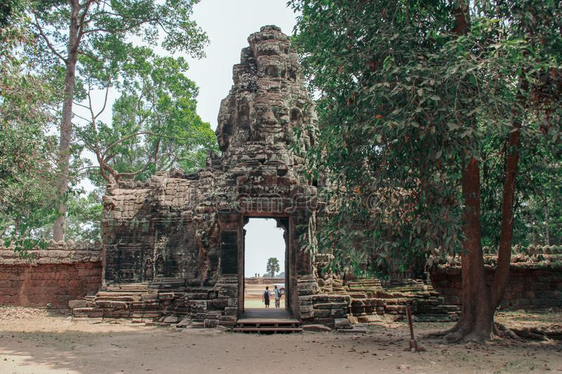 Bayon tempel i Angkor Thom, Siem Reap royaltyfri fotografi