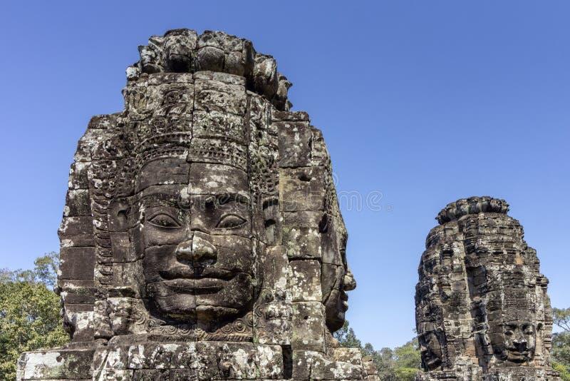 Bayon tempel som resas upp i séc XII på Angkor Thom, den sista huvudstaden av en khmervälden _ cambodia skördar siem royaltyfria bilder