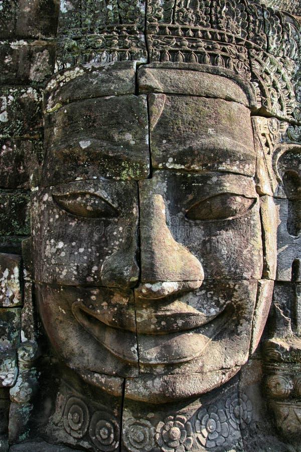 Bayon vänder mot Angkor Wat Cambodia fotografering för bildbyråer