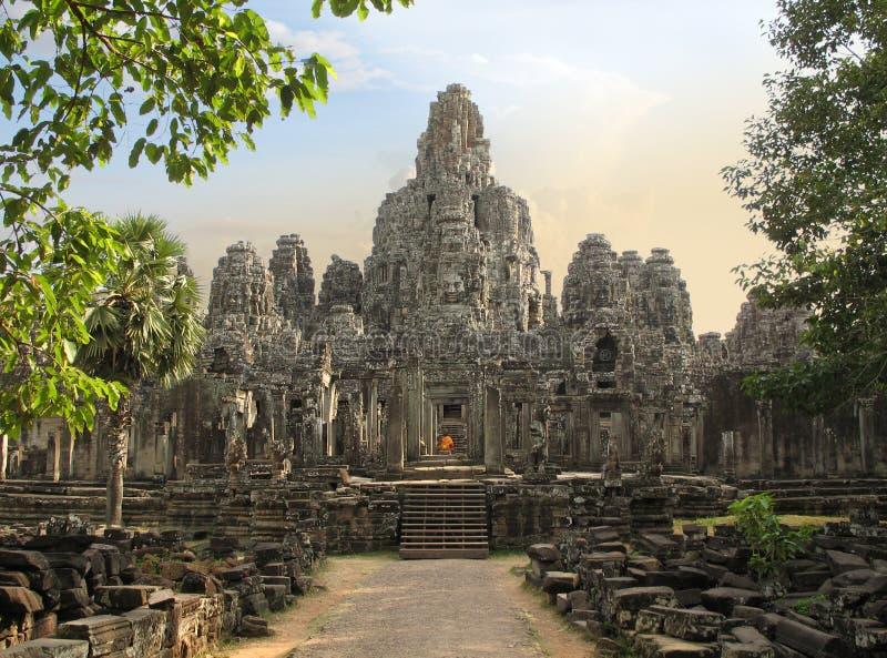 bayoncambodia tempel royaltyfri bild