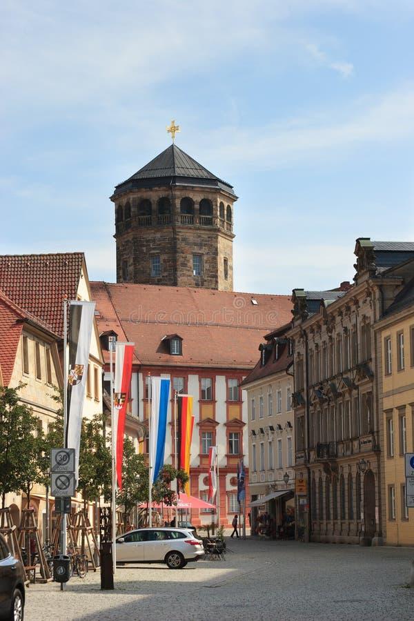 Bayreuth (Germania - la Baviera), torre di chiesa ortogonale fotografie stock