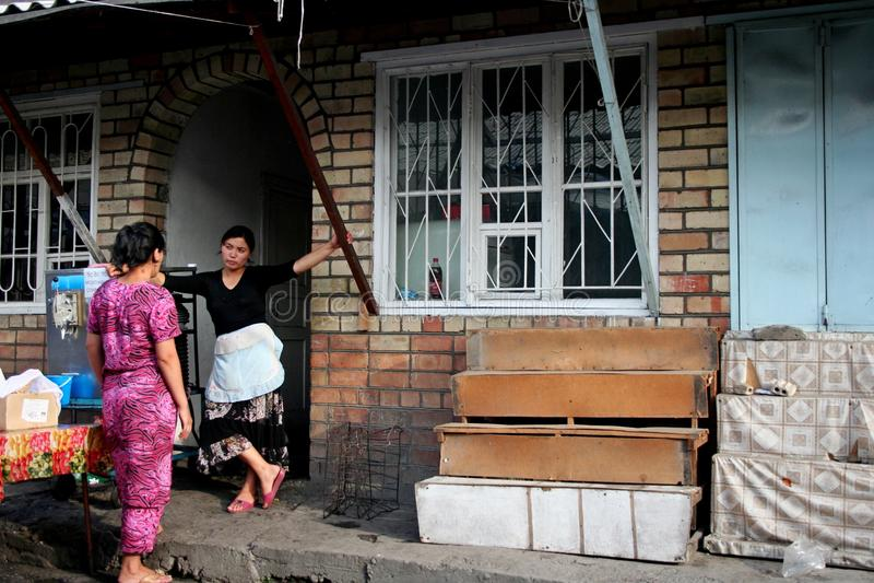 Bazaar in Centraal-Azië, Kyrgyzstan stock foto's