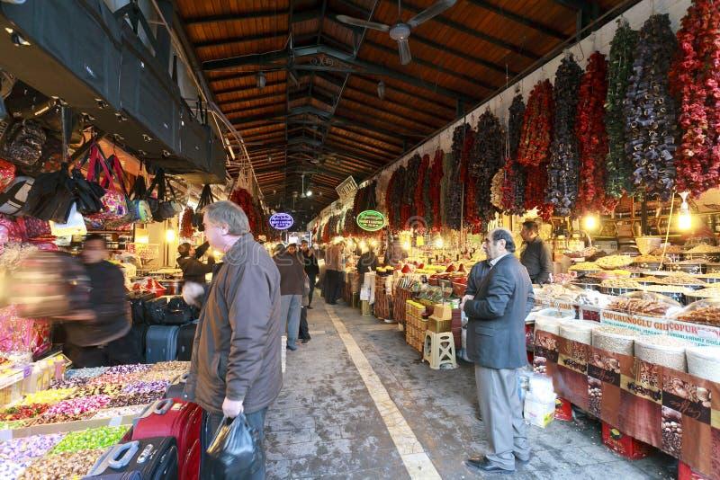 Bazar d'épices et d'ornement et en cuivre de décoration dans Gaziantep, photos libres de droits