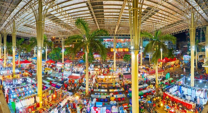 Bazar de nuit de Banzaan de visite, Patong, Phuket, Tha?lande photos libres de droits