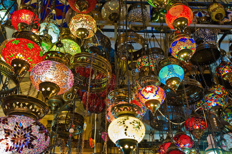 Bazar grande em Istambul imagens de stock royalty free