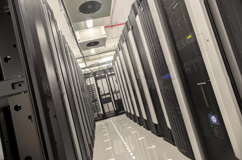 Bazy danych centrum z serwerami obrazy royalty free
