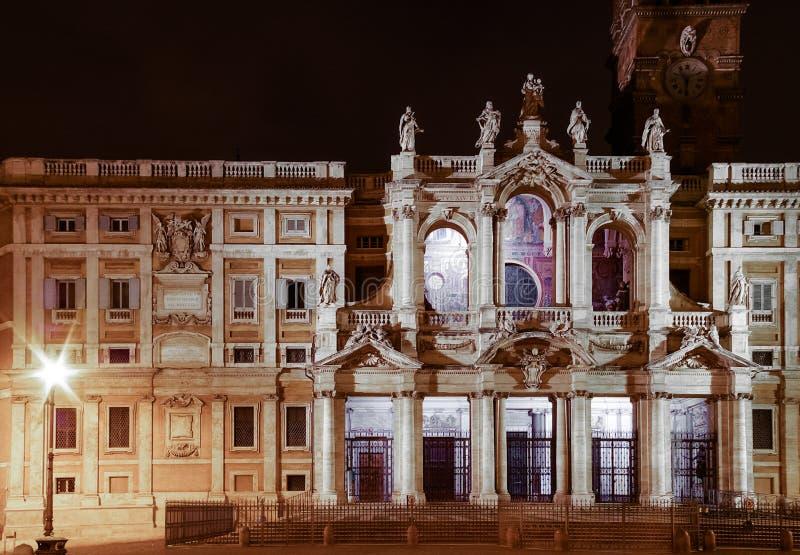 bazylika Di Maggiore Maria Santa miasto światła na noc włochy Rzymu obrazy stock