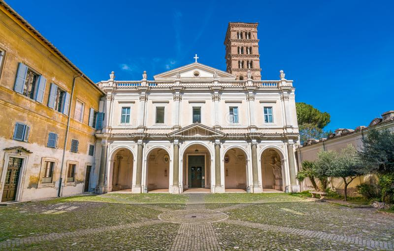 Bazylika Saints Bonifacio i Alessio na Aventine wzgórzu w Rzym, Włochy fotografia stock