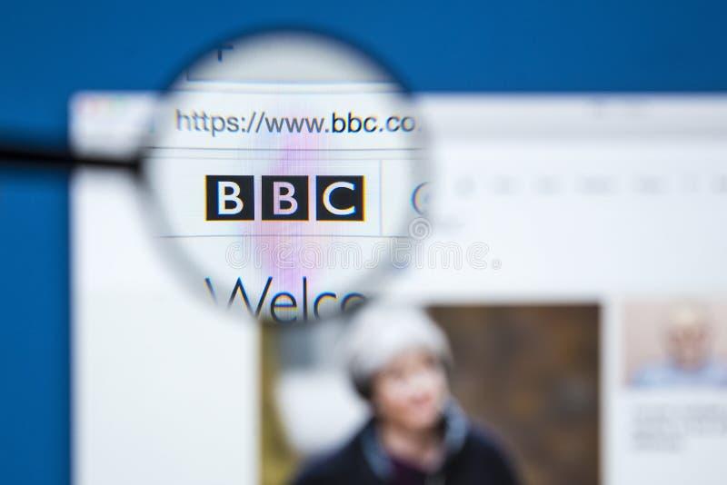 BBCwebsite onder het Vergrootglas stock afbeeldingen