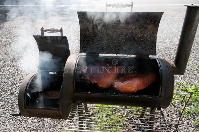 BBQ吸烟者格栅 库存图片