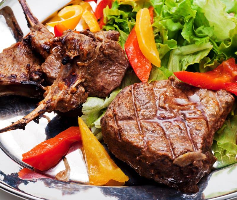 bbq πιάτο κρέατος στοκ εικόνες