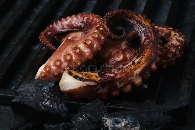 BBQ de gril de poulpe images libres de droits