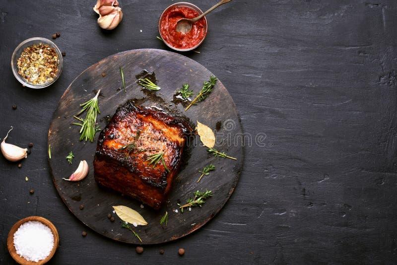Bbq mięso, piec na grillu wieprzowina zdjęcia royalty free