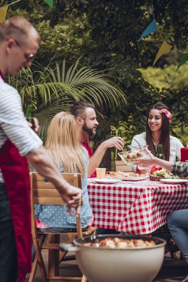 BBQ przyjęcie w ogródzie fotografia stock