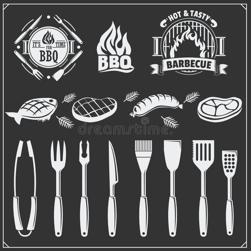 BBQ set Stek ikony, BBQ narzędzia, etykietki i emblematy, ilustracji