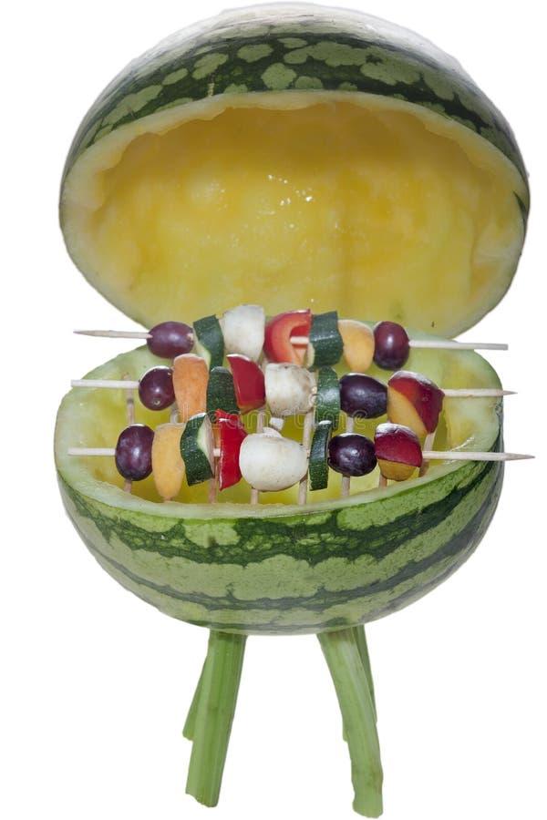 BBQ z owocowymi skewers - fakultatywnymi obrazy royalty free