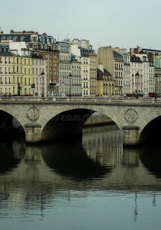 Bdrige à Paris images libres de droits