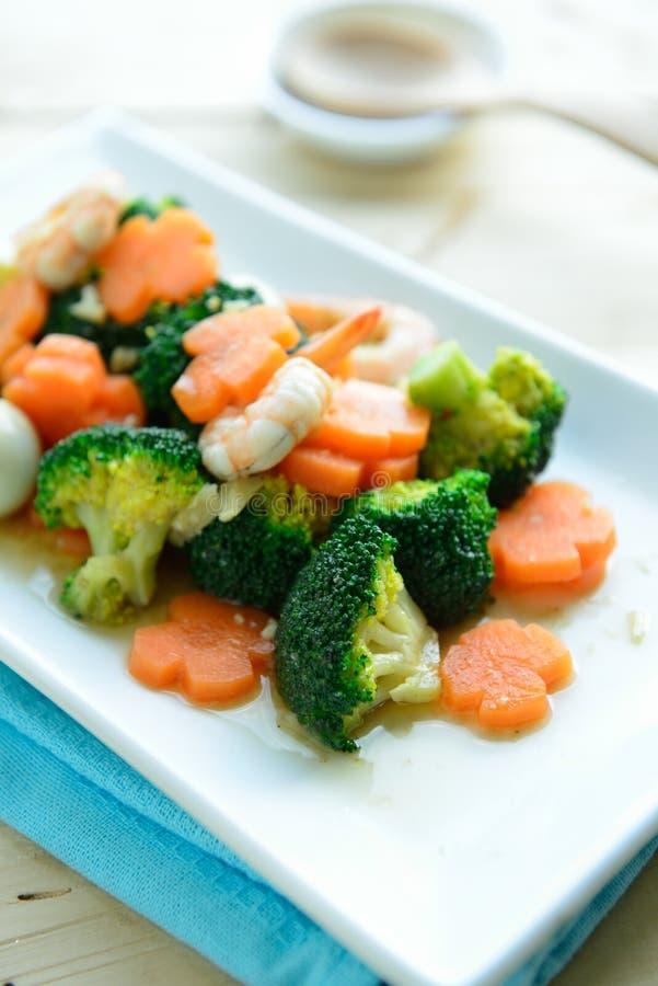 Be*wegen-gebraden broccoli gemengde groenten royalty-vrije stock afbeelding