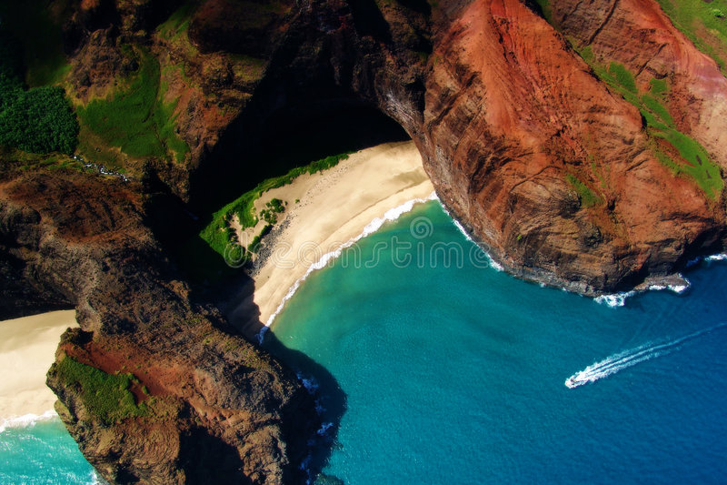 Download Beach stock image. Image of hawaii, shore, coast, water - 184823