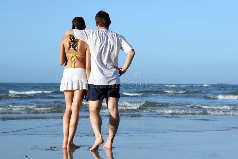 beach couple tropical 免版税库存照片