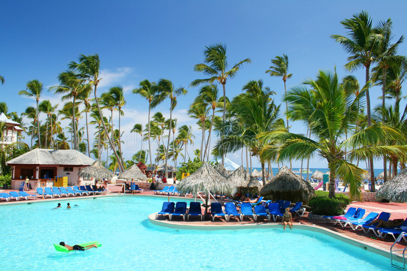 Download Beach Hotel Resort Swimming Pool Stock Image - Image: 7846367