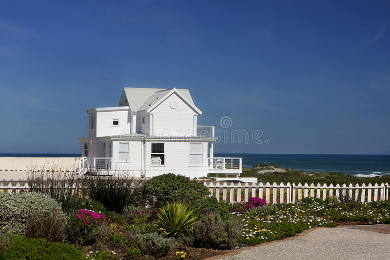 Beach house cape cod style royalty free stock photos for Cape cod beach homes