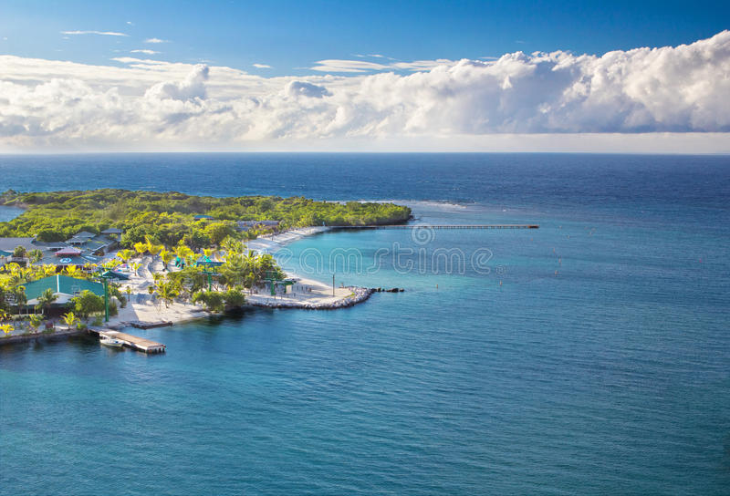 Beach of Isla Roatan in Honduras royalty free stock photography