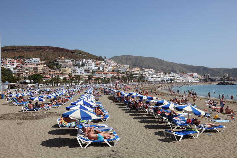 Download Beach In Los Cristianos, Tenerife Editorial Image - Image of beach, coast: 19105320