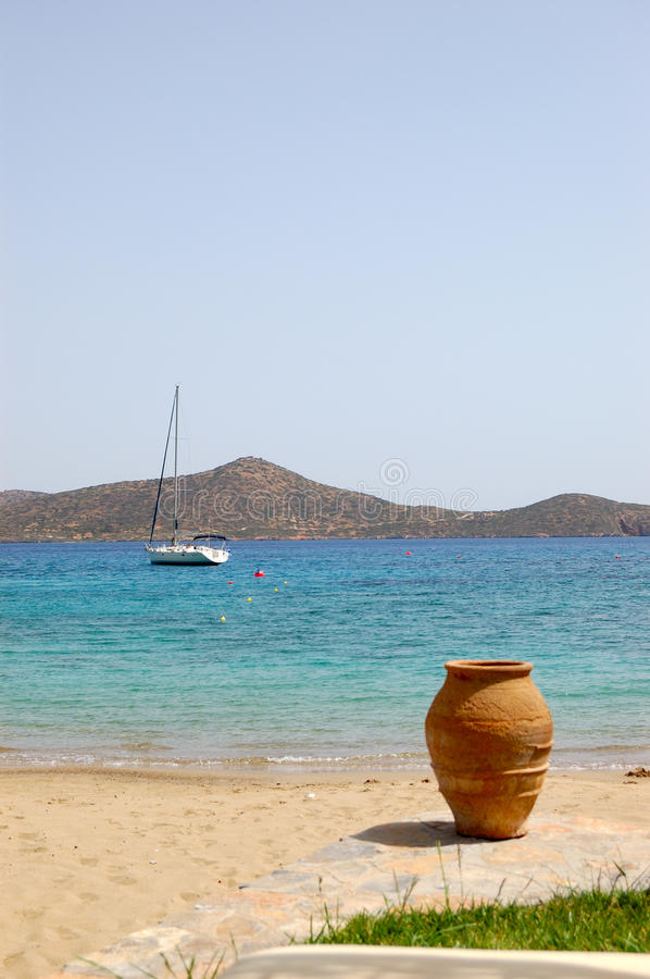 Download Beach Of Luxury Hotel With Yacht And Amphora View Stock Image - Image: 14926011