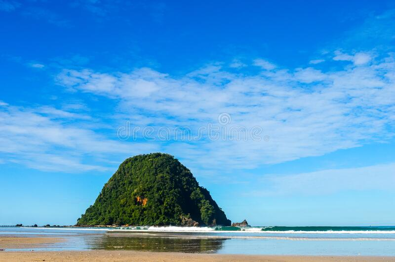 Beach in nature with blue sky in banyuwangi indonsia royalty-vrije stock afbeeldingen