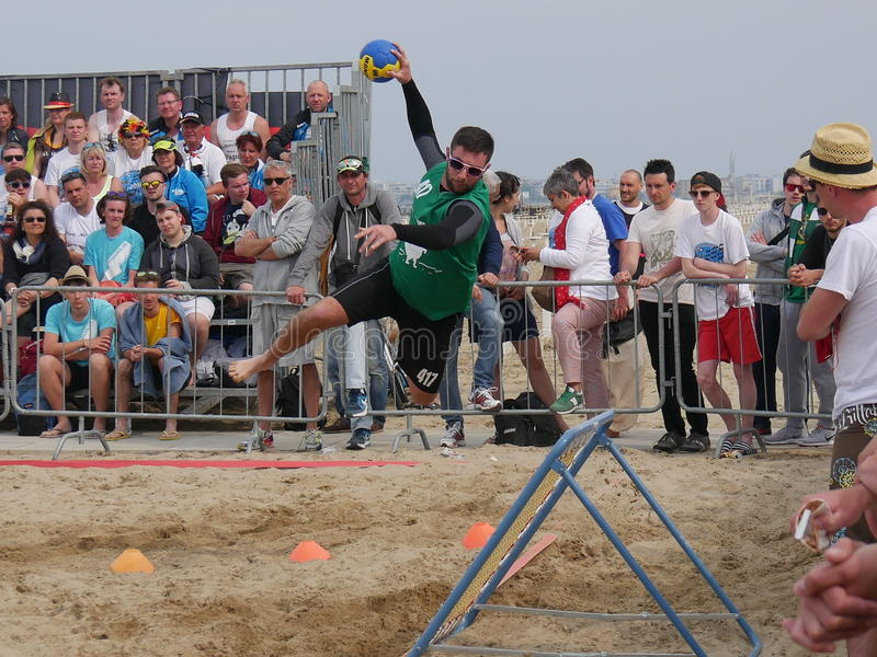 Beach Tchoukball Festival 2016. The final match Slam category between `Gianni e gli old`n Bald` and `Unable to find a Name stock images