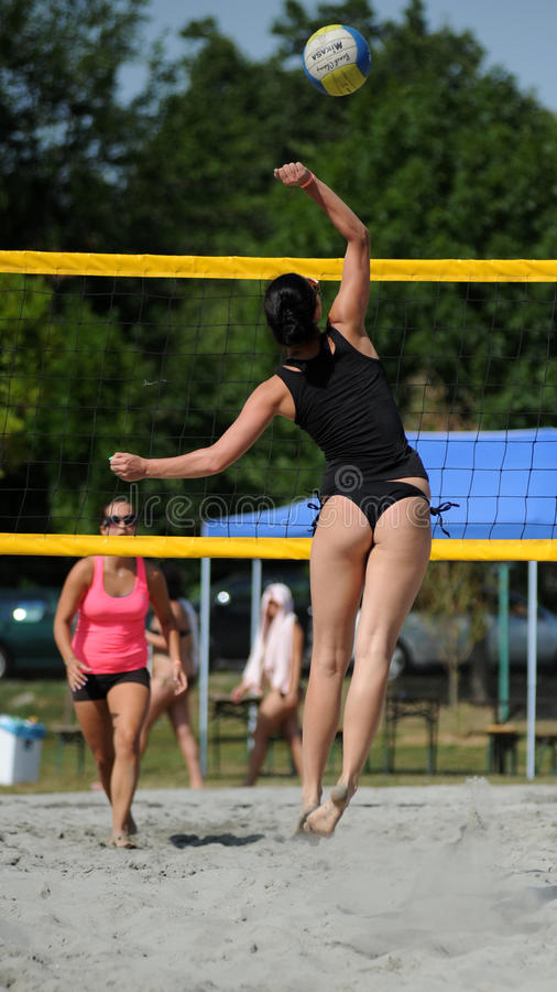 Download Beach Volleyball Competition Editorial Image - Image: 33076730