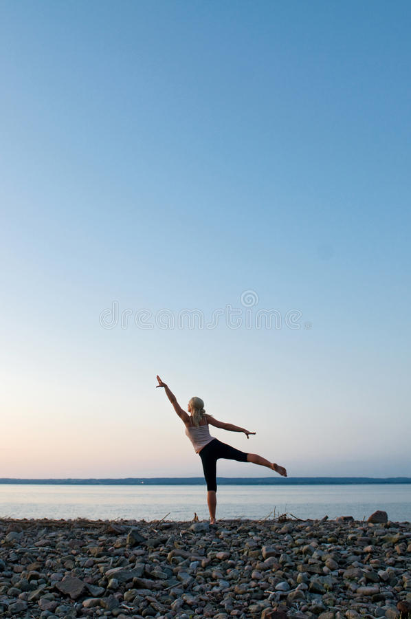 Free Beach Yoga Royalty Free Stock Image - 9526766