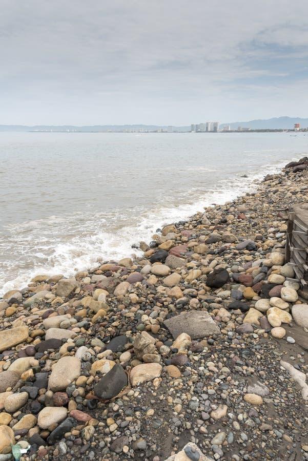 Beachfront Puerto Vallarta royaltyfri bild