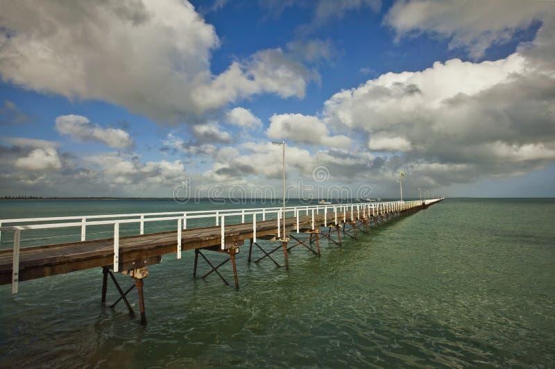 beachportbrygga arkivbild