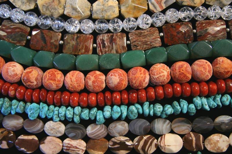 beads olik korall arkivbilder